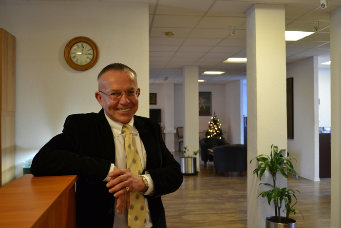 Адвокат в Германии онлайн. Пенсия в Германии для иммигрантов. Русский адвокат воссоединение семьи